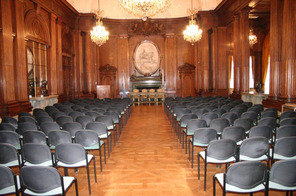 """Salón San Martín de la Legislatura de la Ciudad de Buenos Aires en donde se desarrolló la Jornada """"Semana del Síndrome de Williams"""" - año 2019"""
